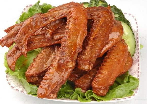 美味的卤鸭翅,卤菜技术培训